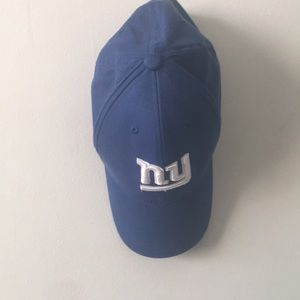 Accessories - Official NFL Giants hat
